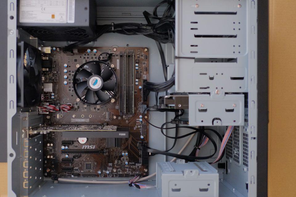 SENSE-R037-i7K-QZR 内部