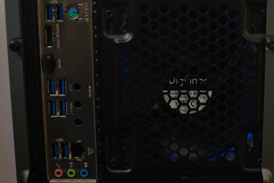 ドスパラ,GALLERIA ZA9R-R70S,インターフェース